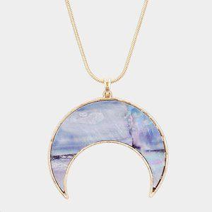 Jewelry - Crescent Moon Pendant Necklace